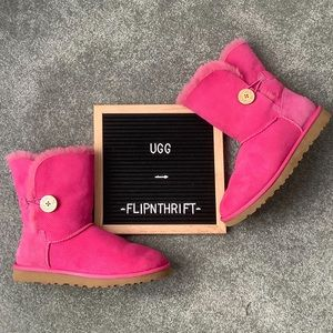 🆕LISTING 🎉HP🎉 🌟EUC UGG Pink Short Boots